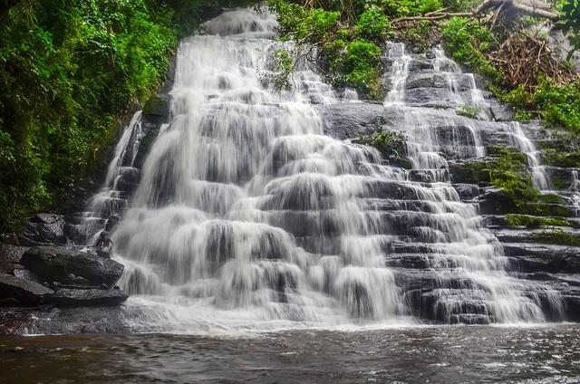 waterfall-in-Ivory-Coast-near-Mahapleu
