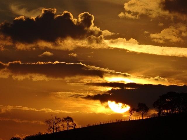 sunset-horizon-cloud-landscape