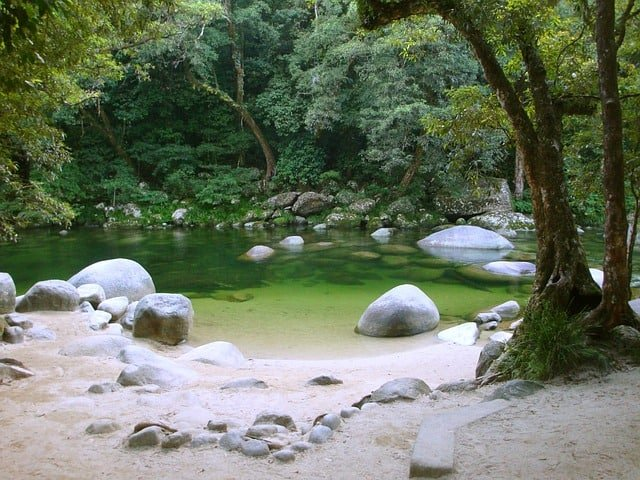 stone-rock-round-romantic-river