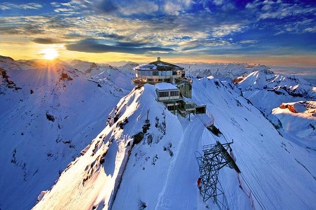 schilthorn-mountain-station-alps