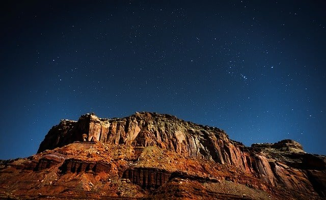 utah-mountains-plateau-america