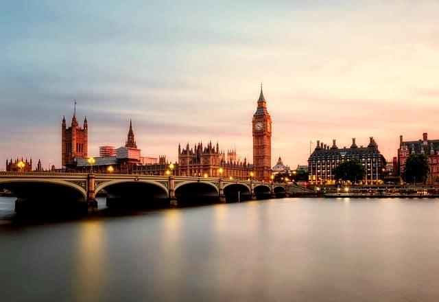 london-england-river-thames