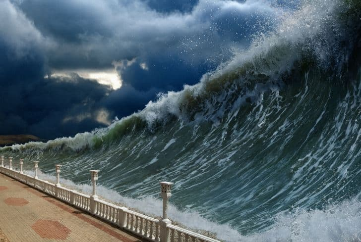 tsunami-water-wave