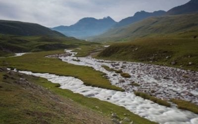 Why Do Some Rivers Change Their Course?